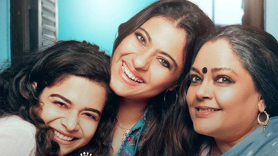 """""""The film belongs solely to #Kajol, who looks gorgeous in the Odissi dance costume...She is a fire-brand in the film, which makes you wonder how much of Anu is in Kajol, already.""""  Check out @Shubarna's #Tribhanga review here:"""