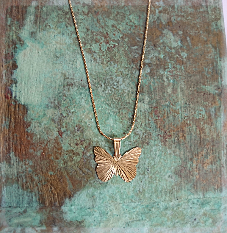 #freedom #fly #necklace #butterfly #gold #jewelry #animallover #animal #bohemian #beauty #dainty #french #giftsforher #bling #free #butterflies #goodvibes #parisienne #precious #gift #loveyourself #breath #etsy #friends #weekend #shopping #happy #details #art #style