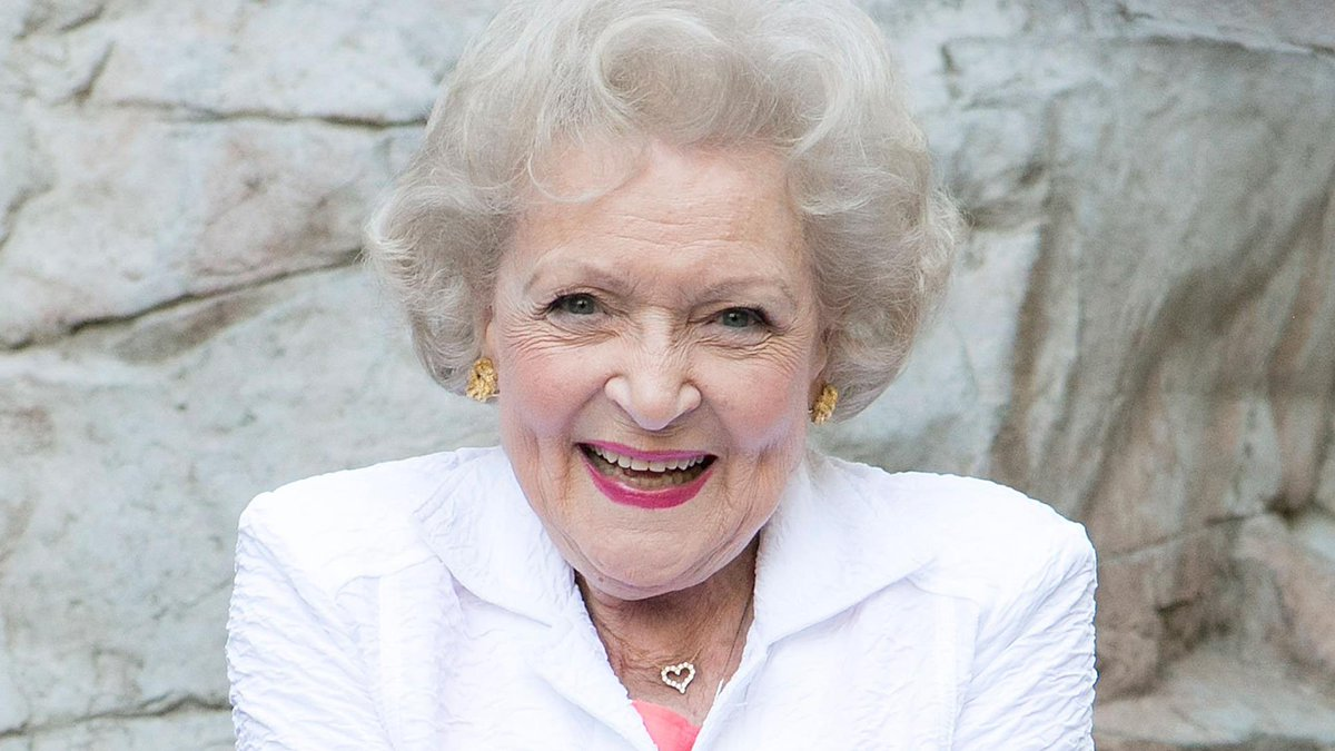 Betty White turns 99 today! #HappyBirthdayBettyWhite 🎂