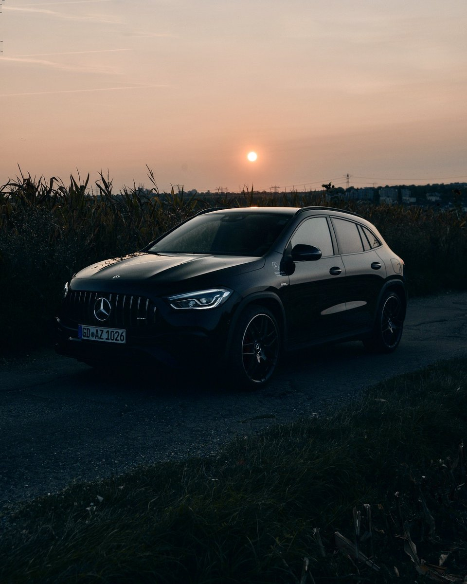 [Kraftstoffverbrauch kombiniert: 9,3–9,2 l/100 km | CO₂-Emissionen kombiniert: 211–209 g/km |  | Mercedes-AMG GLA 45 S 4MATIC+]  Don't let anything hold you up, and enjoy your kind of freedom.  More:  📷 Filip Nies for #MBsocialcar