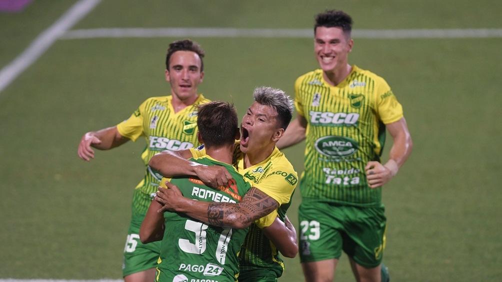 CON GOLEADA INCLUIDA, DEFENSA Y JUSTICIA SE CLASIFICÓ A LA FINAL Se clasificó para la final de la Sudamericana al golear a Coquimbo Unido, de Chile, por 4 a 2, en Florencio Varela, La final es contra Lanús en Córdoba. Pizzini y 3 de Braian Romero los goles https://t.co/Pq05Yj83cg https://t.co/4LKOHDb6qN