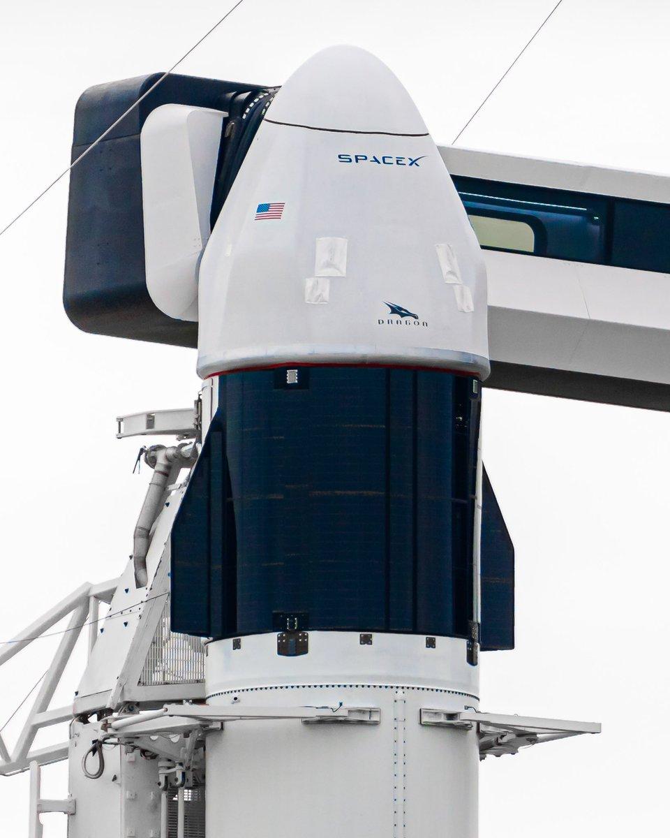 Зачистити та підкрасити трішки і буде як новий👍🏻🎨👨🏻🎨📸🎥 #CargoDragon  #CRS21  #spaceX  #NASA