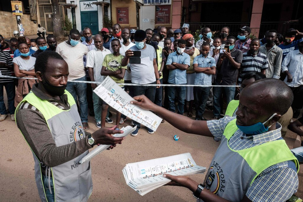 """Did Ugandan Pres Museveni really win? """"Local and foreign election observers...were prevented from monitoring"""" the election. Accreditation for 75% of US observers was denied. 26 members of civil society groups who were observing the election were arrested. https://t.co/3KTwGmLZmR https://t.co/vB7DkvjfoY"""