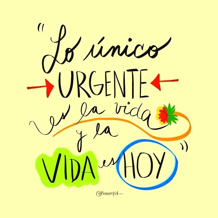 . . .Buen día! ☀️  Lo único urgente HOY... Es la vida ! haz todo lo posible por conservarla y disfrutarla siempre¡ 🦋    👑🇦🇱🇼🇦🇾🇸🍓        🌺🌷🦋🌹🌼🌻🌿  #FelizDomingo 🌻💛 #BuenosDiasATodos ☕💋 #SwëetDay 🍒🍰 #UsaCubrebocas 👈 Siempre! #FelizFinde 🎶🎷🍷