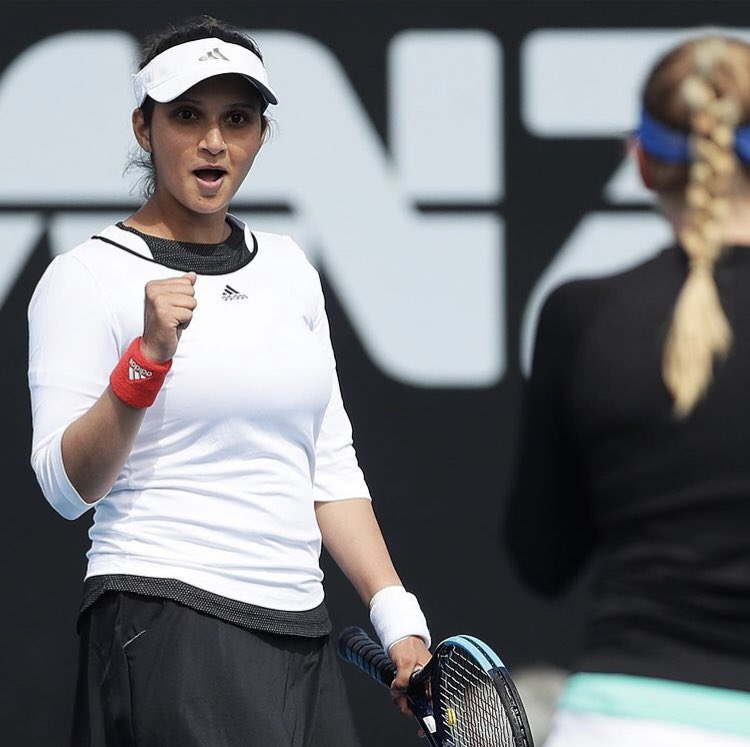 One year ago today, former doubles world No.1 @MirzaSania and Nadia Kichenok qualified for the #HobartTennis doubles final 😃😃  The Hobart International was their first time ever playing as a duo #HobartTennisFlashbacks