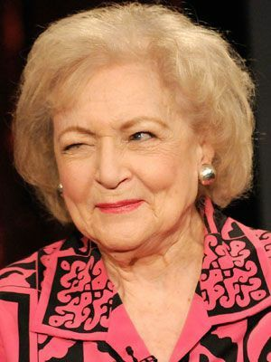 This Goddess is 99 years old, beshes!!! ❤️❤️❤️❤️#HappyBirthdayBettyWhite  @DarhkRaccoon @velarisdreamr @EngrMSSQ @4FauxSake @mmvithy21 @RealMukul @MargaretEloise @KatesBae69 @phantasmisreal @jgardner1138