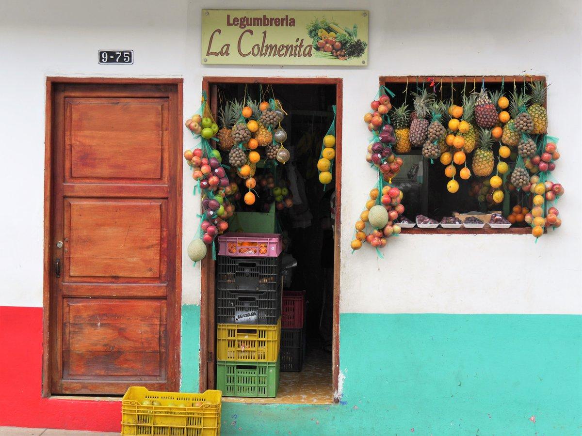 Replying to @Spurenwechsler: Moin! Schönen Sonntag!  @Spurenwechsler: #citystreets #Jardin #Kolumbien #Colombia  |  #Reiseblog #slowtravel #Reisereportagen #Photography #outdoor #cuture #NaturePhotography #fotograf …