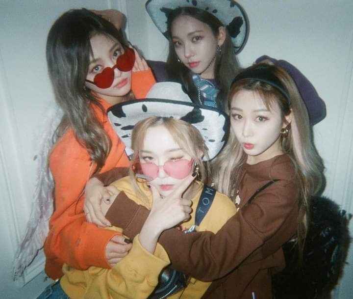 Congratulations @aespa_official on your 1st win 🎉 I'm a proud big sister here 🥺 you did well babies and more power! Love you always girls 💋 #BlackMamba1stwin #aespa #æspa #NINGNING #KARINA #GISELLE #WINTER #BlackMambaFirstWin
