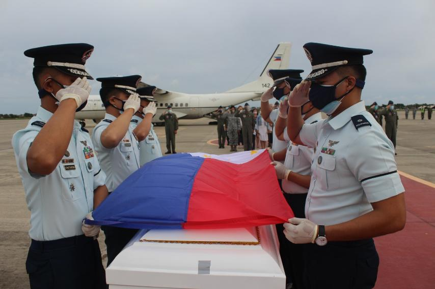 LOOK: The remains of the four of the seven soldiers killed in a helicopter crash in Bukidnon have arrived at Brigadier Gen. Benito N. Ebuen Air Base on Sunday afternoon.