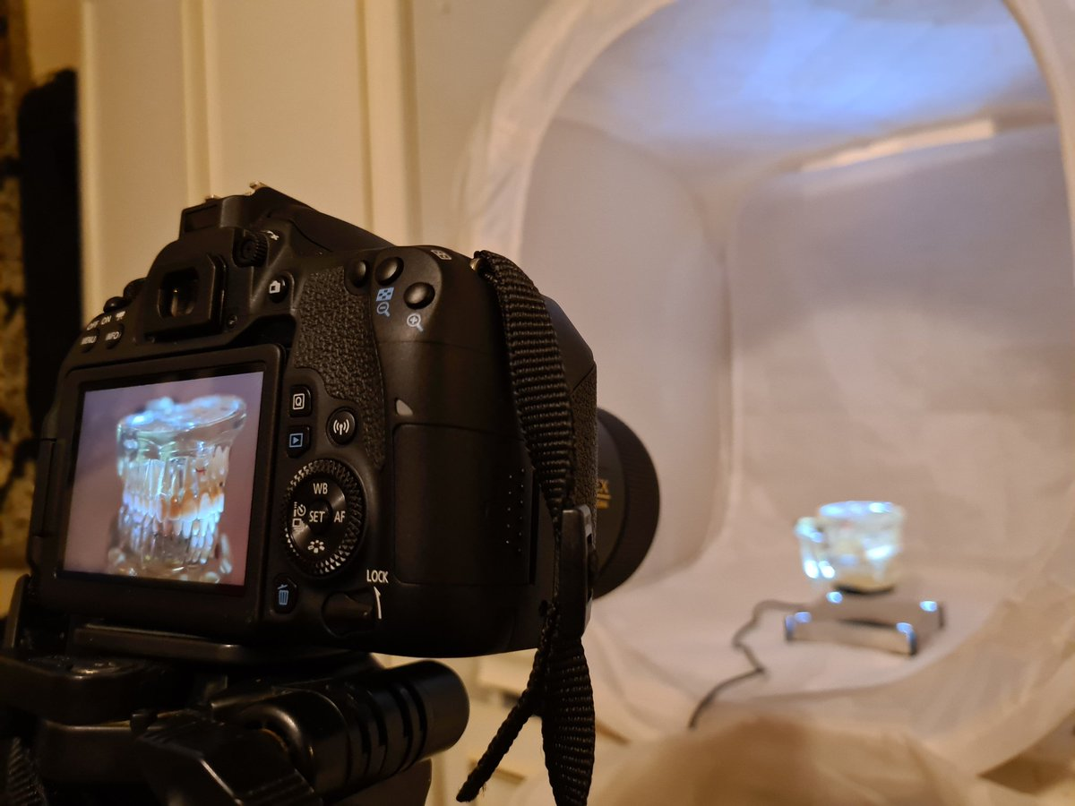 #behind the scenes of my #photography on the #canon77D trying some #videography too!  #photography #freeyourstory #keepitbreif #mydigitalp #strange #different #photographers #tech #technology #photographic