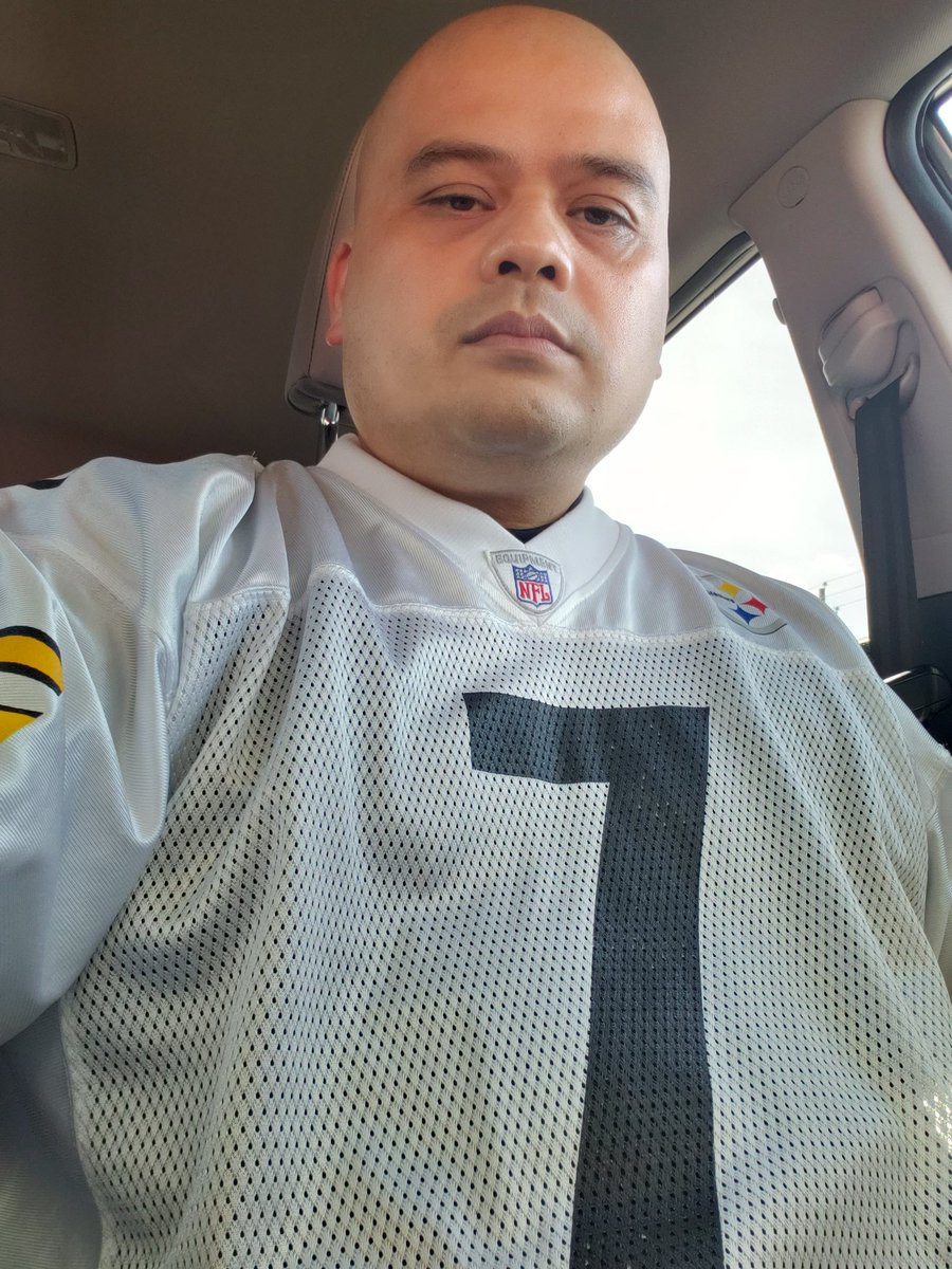 @6GoldRangs REPRESENTING LOUD AND CLEAR FROM FAYETTE-NAM NC HOMIE ♥ #HEREWEGO
