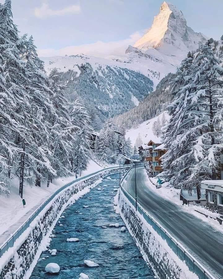 Zermatt Switzerland 🇨🇭#blueclubresorts #zermatt #zermattmatterhorn #swisalps🇨🇭#switzerland🇨🇭 @BlueClubResorts #blueclubresortslifestyle #swiss #blueclubresortsluxurycollection