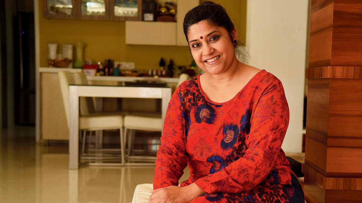 #RenukaShahane: I think mom's writing and thought process has influenced me  @sundaymidday   Via: @janeborges9   Read more: