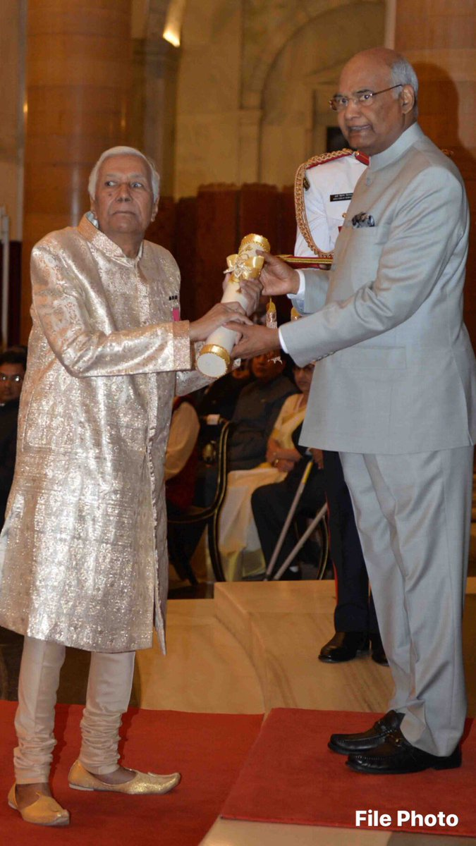 Ustad Ghulam Mustafa Khan was a legend of Indian classical music. I feel honoured to have conferred on him Padma Vibhushan in 2018. In his passing, music world has lost not only a doyen but also a mentor for young generation. Heartfelt condolence to his family,friends & disciples