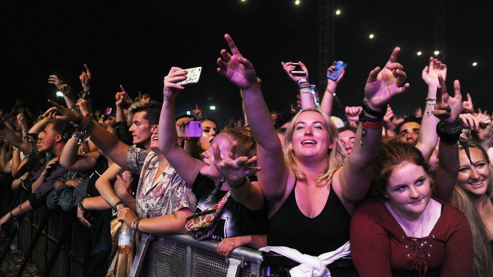 #ゆめ参加NAブログ どうなる2021年? 海外夏フェスを総ざらい―改めて音楽の底力が問われるニュー・ノーマル時代を照らす希望の道筋とは ↓こちらをClickしてご覧になって下さい   #ビートルズ #BEATLES #ポールマッカートニー #PaulMcCartney  #McCartneyIII