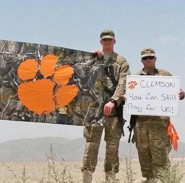 Every SUNDAY we ask that the #Clemson Family show we still support & care for All those who serve.  #AllIn     #WhatATimeToBeAClemsonTiger #WearAMask