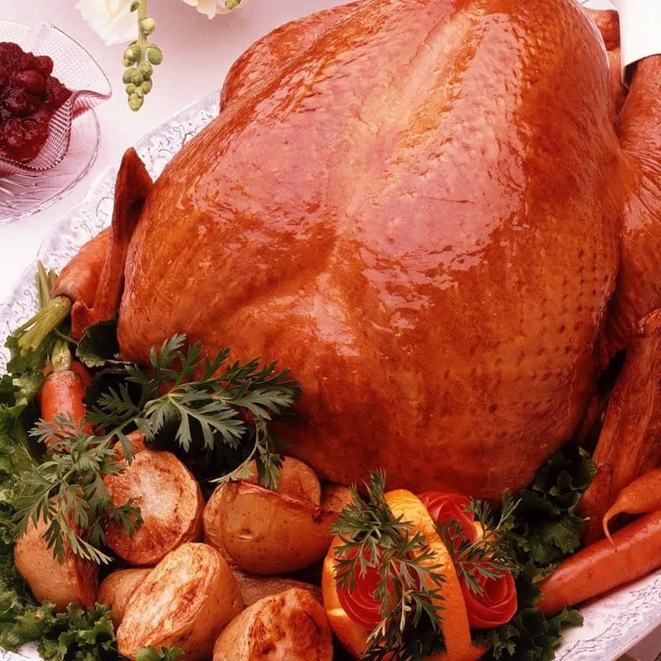 Chef's Favorite Special Of The Day  Grandma's Turkey Dinner – with sausage-herb stuffing, herb gravy, roasted potatoes, cranberry sauce $17.45 https://t.co/zthtfZBkBf