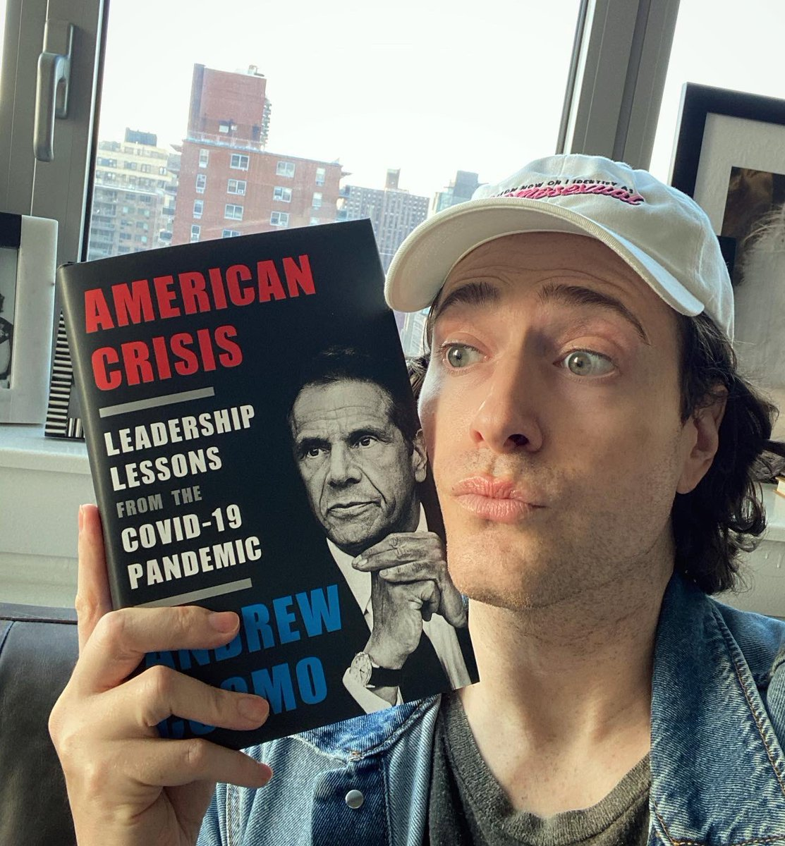 Oh, Andy! 🥰 My very own governor has honored me with a mention in his new book – American Crisis. ⬅️ I'm a proud New Yorker today and every day. (And yes, @NYGovCuomo, it's a good thing, silly.)