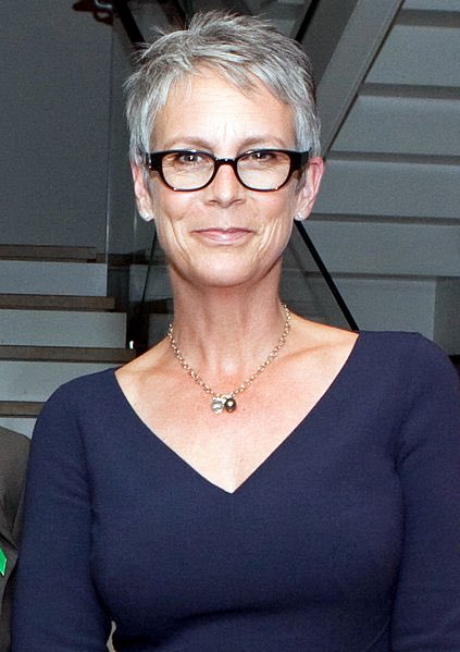 Replying to @reeseispoor: four of my favorite strong women <3 jamie lee curtis, jane lynch, ellen, and hillary clinton