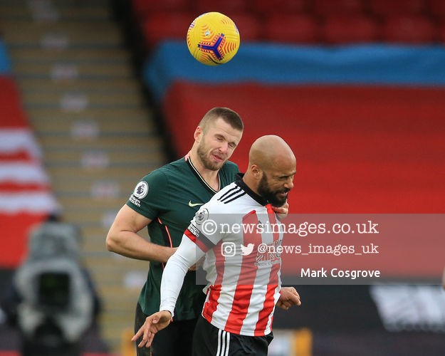 David McGoldrick #17 of Sheffield United and Eric Dier #15 of Tottenham Hotspur dual for the ball  #SUFC @SheffieldUnited @SpursOfficial #THFC #COYS @premierleague #PremierLeague @Mark_Cozy