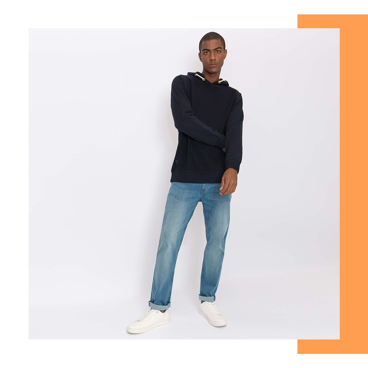How to style a hoodie: wear it with jeans  . . . #tiffosi #tiffosidenim #holidays #holidayseason #happynewyear #newyear #ourfityourattitude #newcollection #winter #wintercollection #womencollection