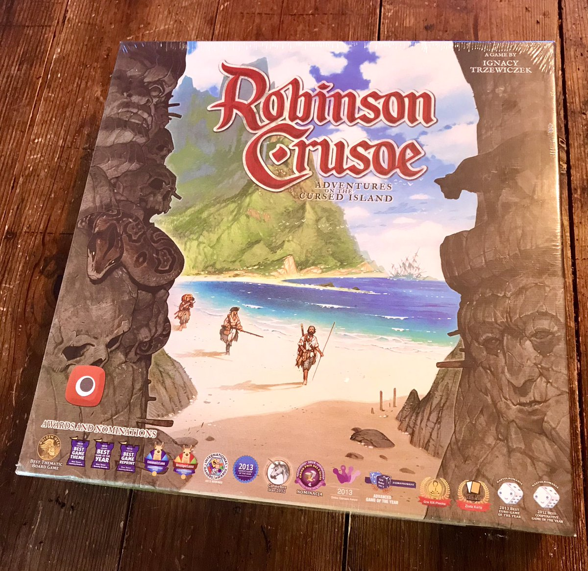 First play! Lovely art and cute pieces - but are hidden dangers lurking! We are going in!! @trzewik #boardgamersoftwitter #boardgames #boardgamegeek #nerd #tabletop #tabletopgamer #tabletopgames #boardgamephotos #sundayvibes #sunday