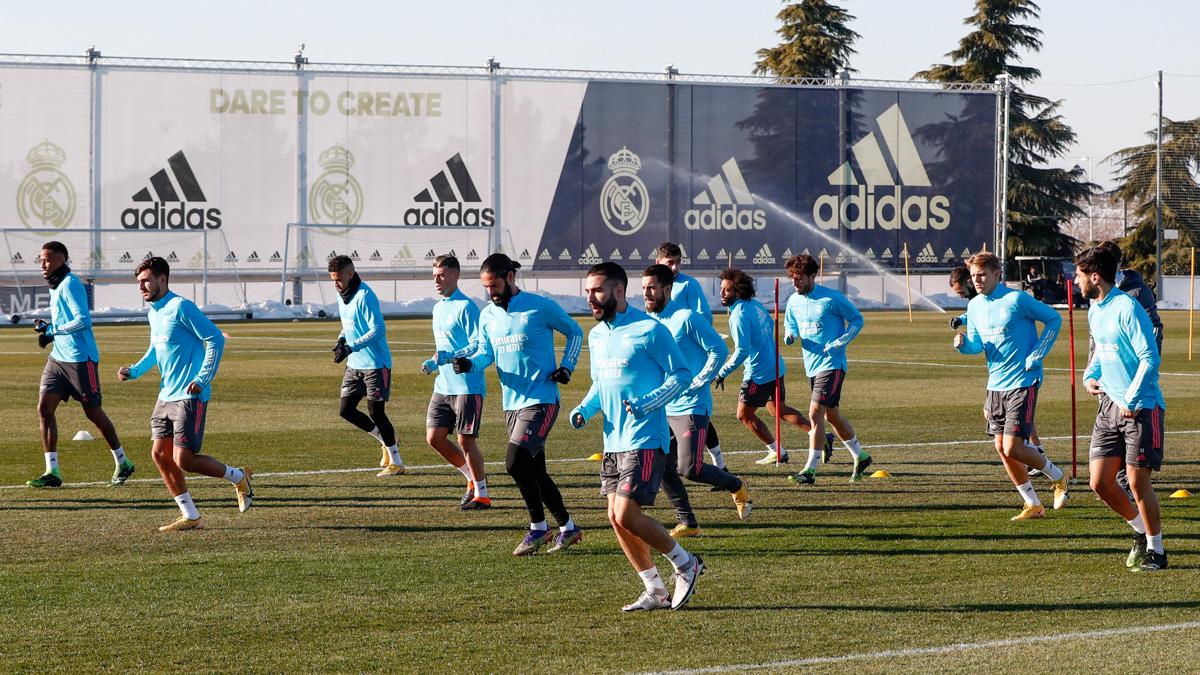 💪⚽ ¡Volvemos al trabajo!  🔜 Copa del Rey 2020/21  #RMCity | #HalaMadrid