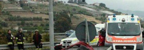 Gravissimo incidente stradale sulla Palermo Mazara del Vallo, feriti gravi tra cui 3 bambini - https://t.co/vpd8VaJ0SW #blogsicilianotizie