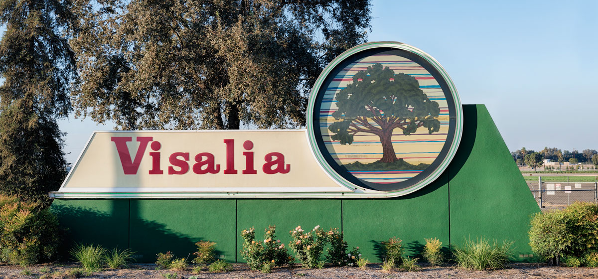 #California #SundayMorning  I live in Visalia California and I want to invite the WHOLE WORLD to California!   Come visit me! Let's open up this b****!   @vtdnews @CityofVisalia @Visaliapd @VisaliaFire @VisaliaTransit @VisaliaRawhide @VisaliaParks #news #sundayvibes #Sunday