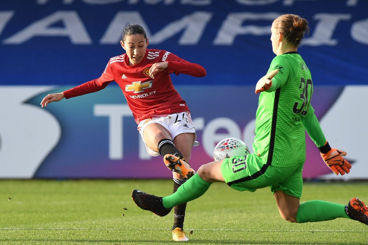 🔄 A strong start to the second half from #MUWomen!  Now a first change as @LaurenJamess22 replaces @ChristenPress.  #BarclaysFAWSL