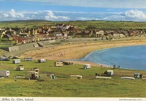 A flashback to a 1950s kilkee in a John Hinde postcard! Contact  for reservations. #Kilkee #loophead #wildatlanticway #atlanticocean #cliffwalk #CountyClare #beach #surf #seafood #summer #pollockholes