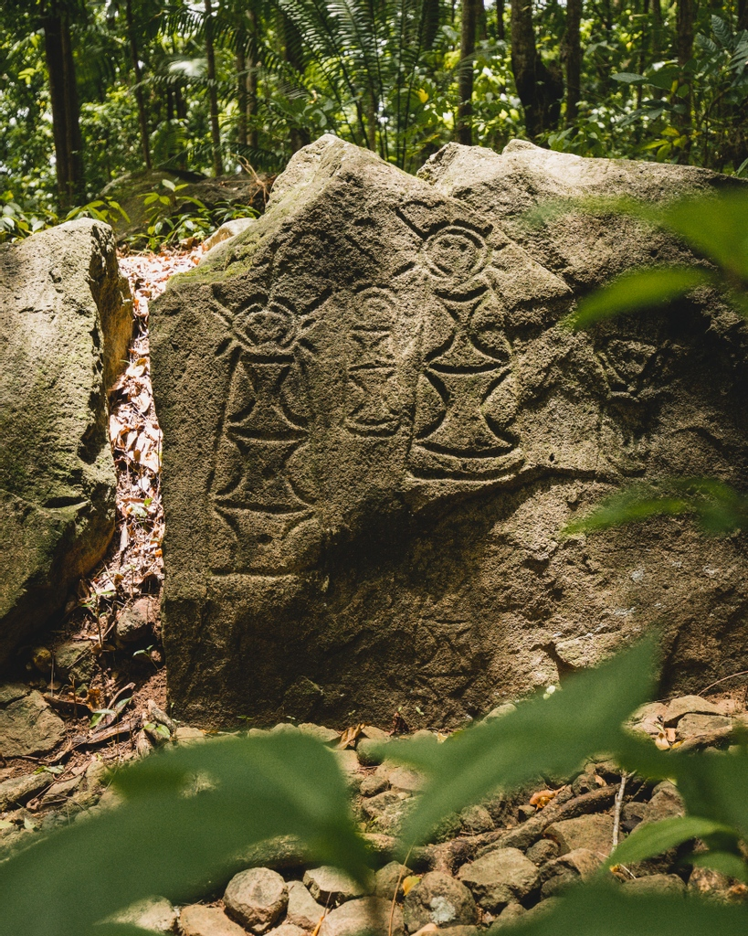 Stonefield was originally purchased by Canadian Builder, Wayne Brown, and his Saint Lucian wife, Anista Brown, in 1973. The Brown family soon discovered ancient rock carvings.  #travel #vacation #holiday #resort #romance #traveller   #summer #caribbean  #adventure https://t.co/hxS4jpCR3n