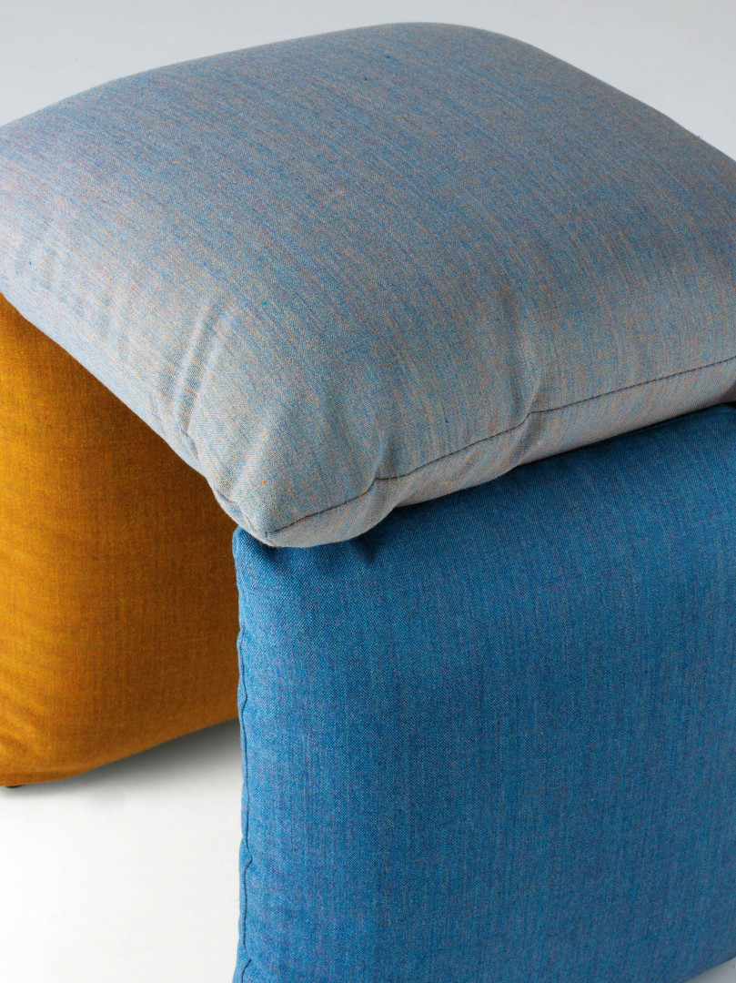 The variety of the colours and textures underlines the chameleonic character of the Pillow product, enabling it to move perfectly from the domestic space to the work environment. Click below.  https://t.co/rCU9zOEvPm