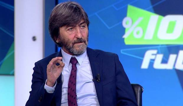 """#RıdvanDilmen: """"#CüneytÇakır'ın yönettiği derbilere bakın. Top oyunda uzun süre kalmıyor. Faul olunca uzun uzun izah ediyor. Berabereci bir hakem."""" #BJKvGS  #Etebo #donk"""