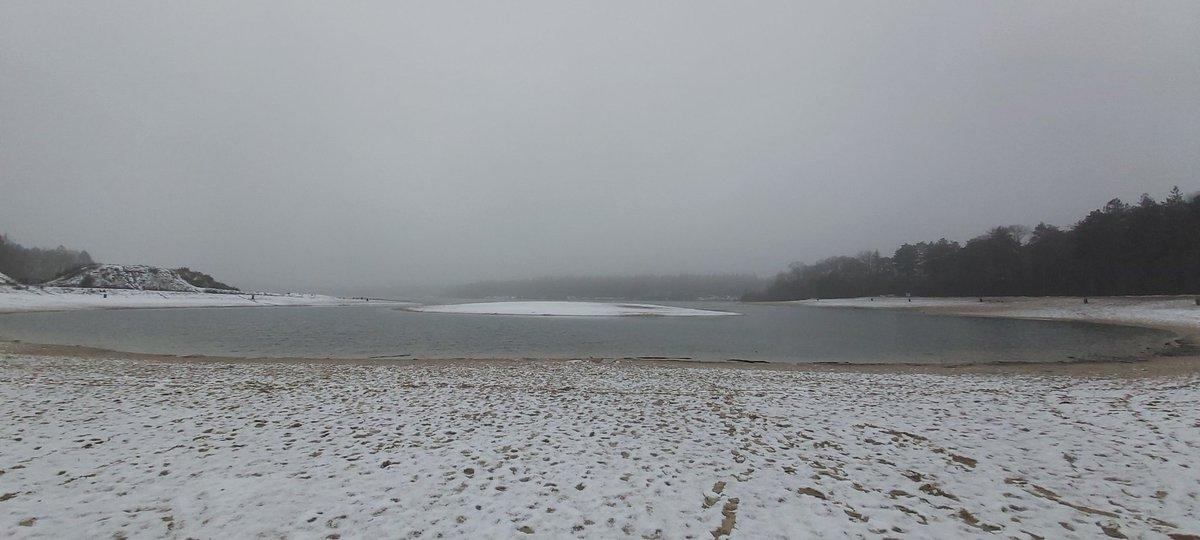 #NaturePhotography #nature #snow #winteriscoming #winter #Europe #lake #WinterPictures ❄🌨☃️
