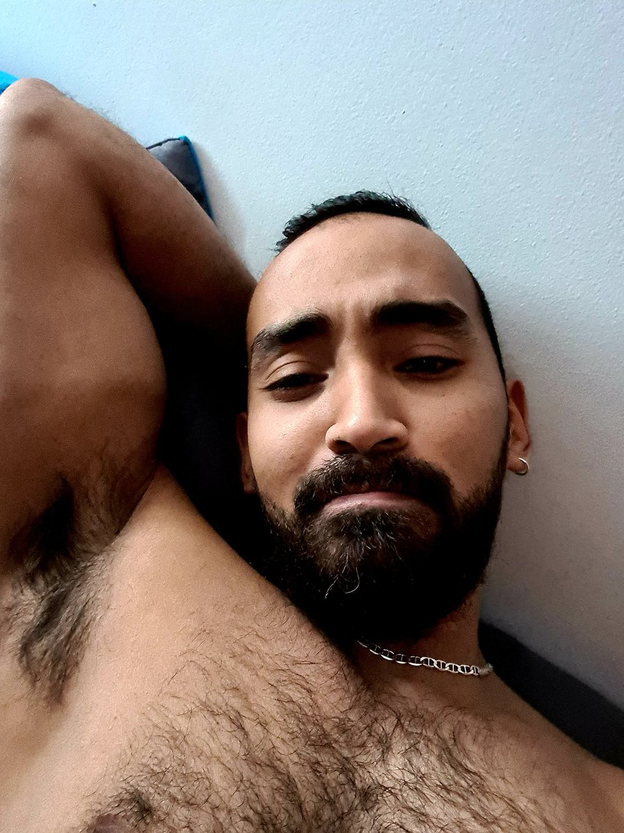 Domingo de pereza #SundayMorning #beard #hairygaymen