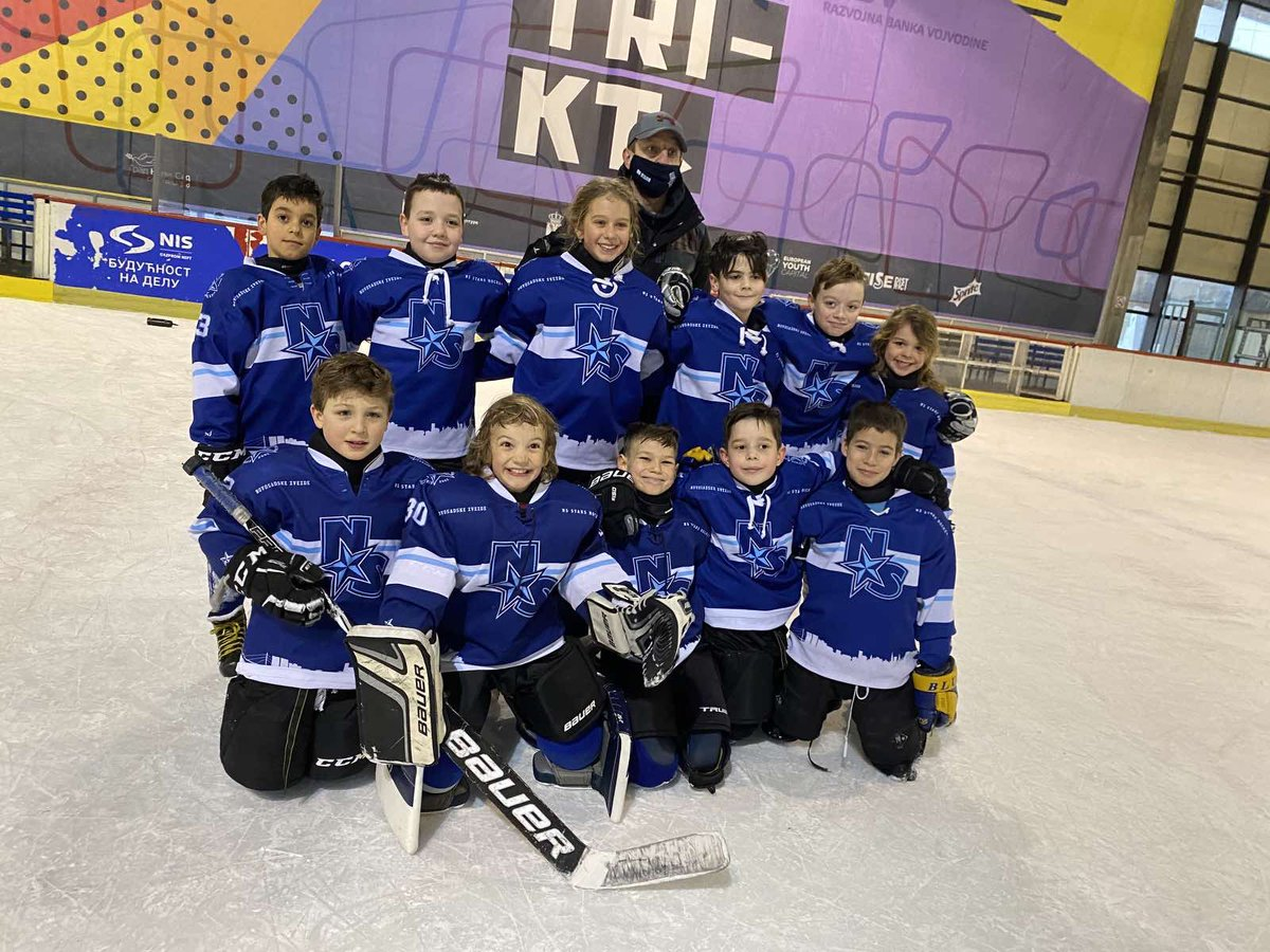 U10s hockey is back @hkcrvenazvezda @nsstarshockey #HockeyIsBack