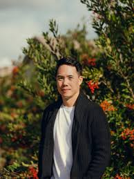 Author of the Week at #ReadingFictionBlog. Do you know author Charles Yu? Winner of the 2020 National Book Award, & HBO series, Westworld.  #AuthorOfTheWeek #famousauthors #sundayvibes #Sunday #SundayMorning #SundayFeels #SundayThoughts #SundayMotivation