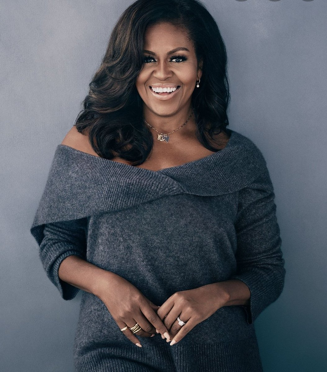 """""""Don't ever make decisions based on fear. Make decisions based on hope and possibility. Make decisions based on what should happen, not what shouldn't"""" -Michelle Obama Happy Worthday @MichelleObama   Today is the date a giant was born. January 17th #DayofGiants"""