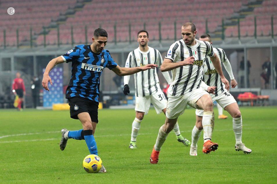 لاعب إنتر ميلان أشرف حكيمي من مباراة فريقه ضد يوفنتوس (مصدر الصورة: الموقع الرسمي للإنتر)