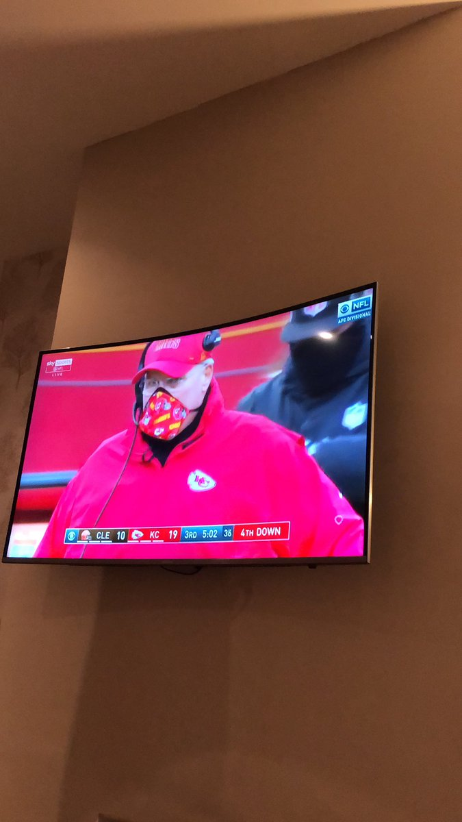 Loving the NFL this year! Any of my followers follow it? #nfl #NFLPlayoffs #nfluk #CHIEFSKINGDOM #browns