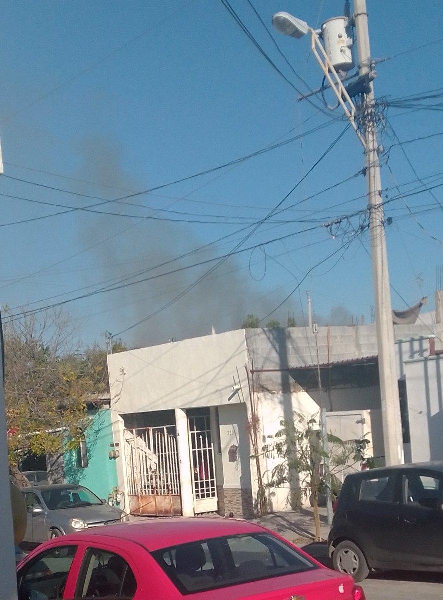 🔥#Incendio En Av. Antiguos Ejidatarios y Tramoyistas, #Monterrey vía @RAMOSGPE75 cc @BomberosNL @saz2000 0I5Y0K https://t.co/W8B2xxym5v