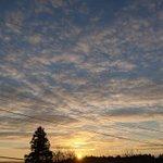 Image for the Tweet beginning: おはようございます☀-9℃ 月曜日 いつも通りやる💪😤 綺麗な朝空に少し救われた😌 皆さま どうか良き日を🍀 #イマソラ #進め