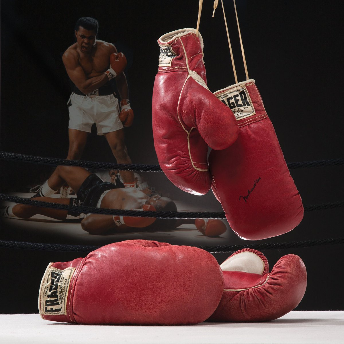 Happy Birthday Muhammad Ali.... truly the world's greatest and there will never be another ♥️♥️💎 #MuhammadAli https://t.co/3UOVXBDwps