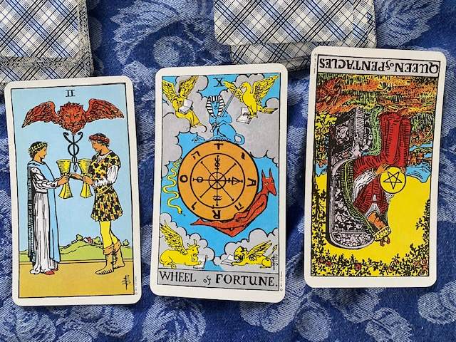 Planet Girl's #Tarot Today! For January 17, 2021: Work with one another in #harmony, and expect our #fortunes to turn favorable. Nevertheless, #insecurities may still persist.   Individual 3-card reading $5 Subscribe to daily #planetary energy reports!