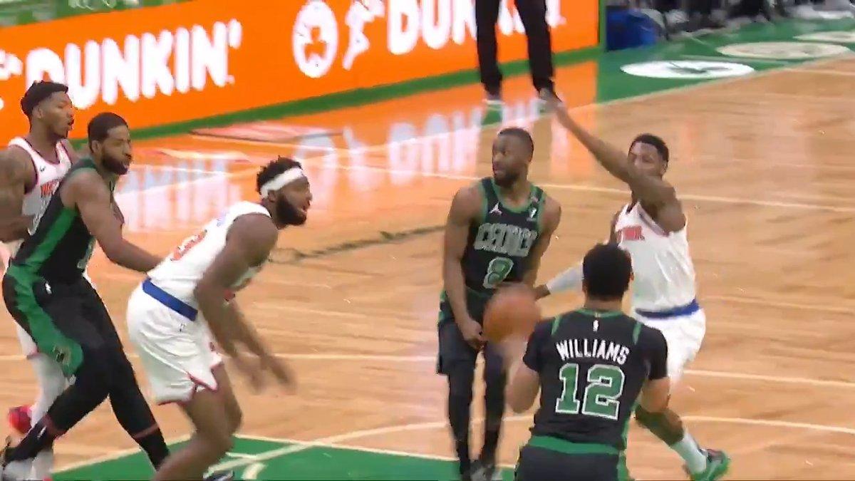 No-👀 Kemba dime early on NBA TV!