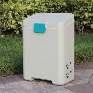 You love your 🐕 #dog, but you hate 💩 #poop. We get it 😎. The #PawPail #petwaste station will solve your #dogpoop #problems. Learn more 👉  #poopbags #gifts #petgifts #doggifts #lawn #gadgets #dogmom #trash #doglife #outdoor