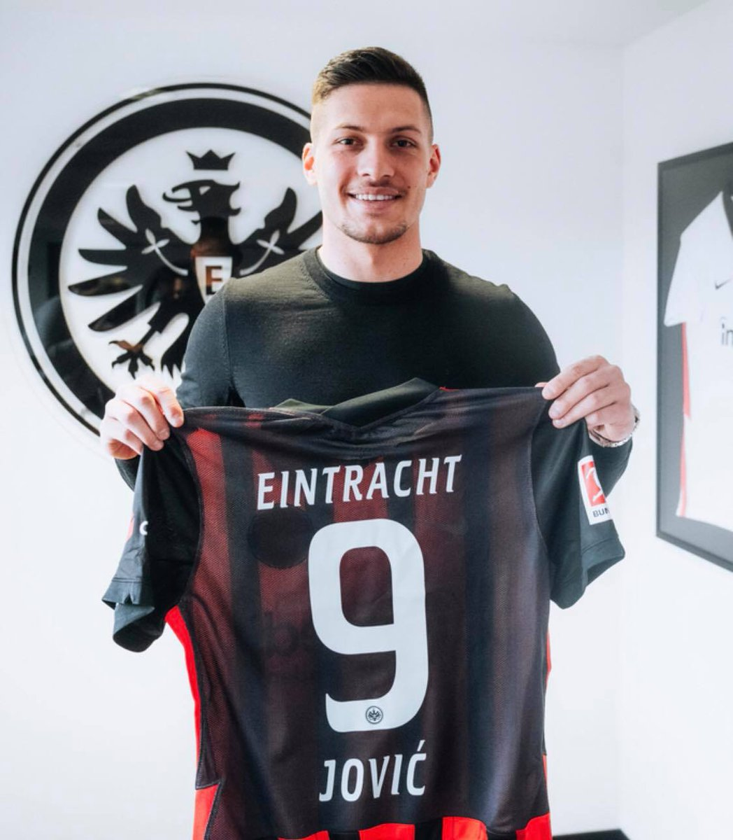 @InvictosSomos's photo on Bundesliga