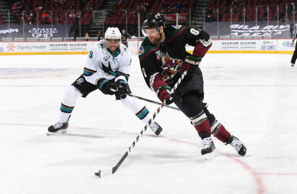 "ALL NEW from Iced Catcus on TheFHN ""Phil Thrills in Opening Weekend""  Kessel drives the offense as Coyotes pick up 3 out of 4 points against the Sharks #Yotes #NHL #HockeyTwitter"