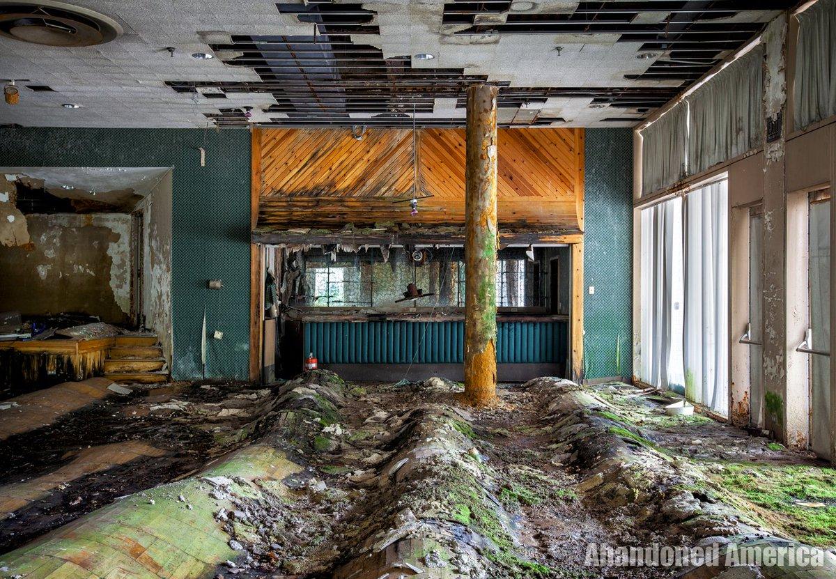 The dance hall bar in an abandoned resort https://t.co/nCBrHMzM0M https://t.co/f58enBI2fJ